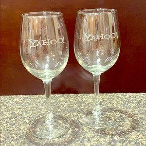 YAHOO ! Wine glasses